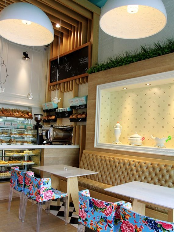 Valentina panadería es Una Pequeña pastelería situada en Medellín y Que firma el Estudio Masif