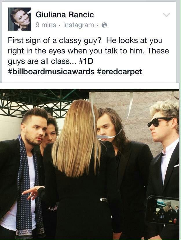 They are looking at her eyes not any other place <<<well we can't really speak for Niall, his eyes are covered XD