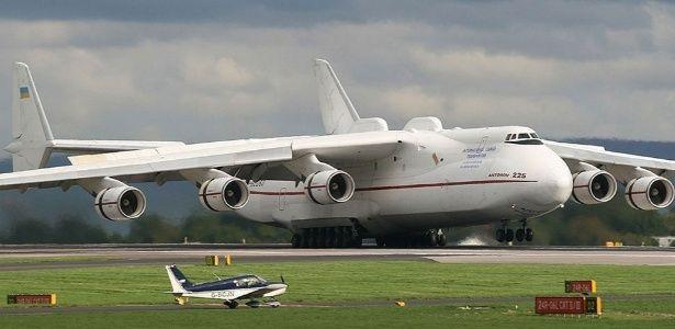 Maior avião do mundo vai pousar em Guarulhos (SP)