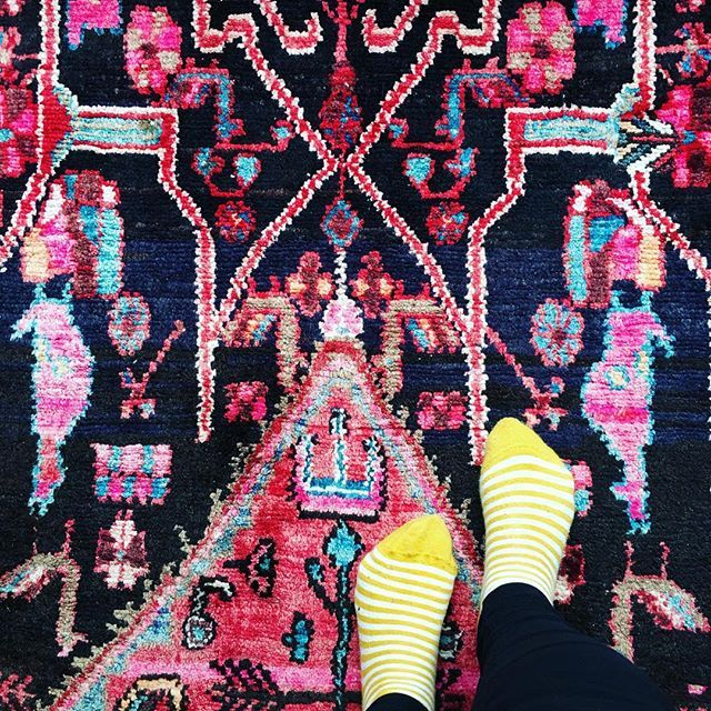 Love colourful rugs! This one is in our lounge #artist #homedecor #bohodecor #colourfulhome #stripeysocks