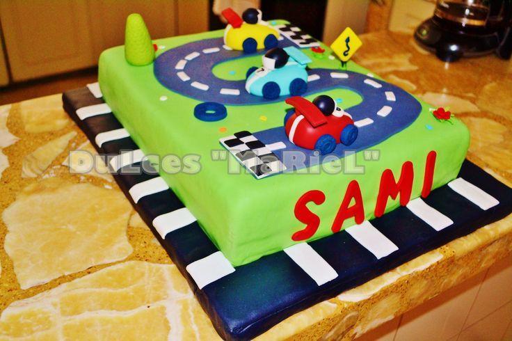 Baño Para Torta Infantil:TORTA CON PISTA DE CARRERA