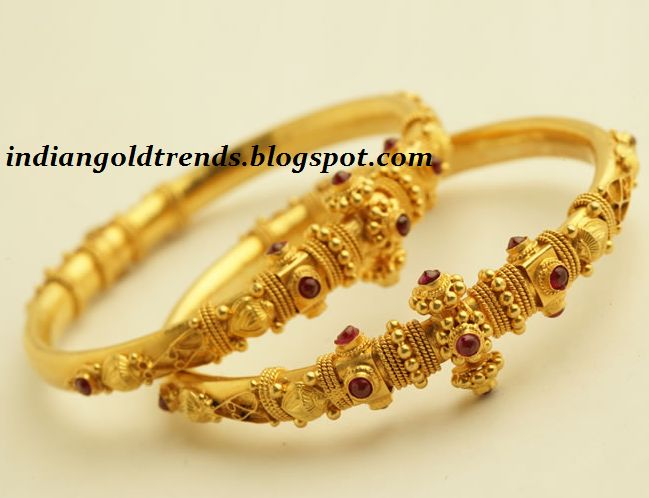 Latest Indian Gold and Diamond Jewellery Designs: Gold Bangles/Kadas
