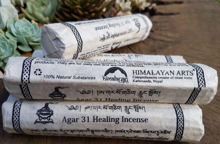 Himalayan Arts Incense - Agar 31 Incenso para Cura    Este incenso é ideal para praticas de meditação, purificação, pacificando a mente. Fabricado com ingredientes orgânicos. Não tóxico e sem conservantes.