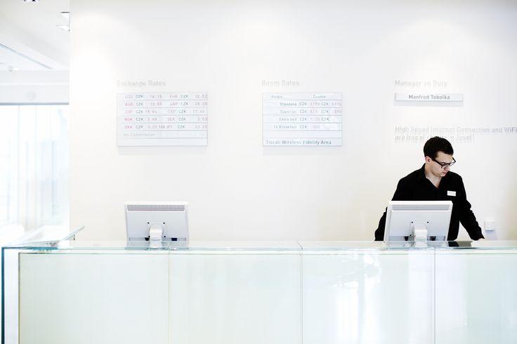 Our Front Desk  Design Eva Jiricna, Photo Stefan Schutz