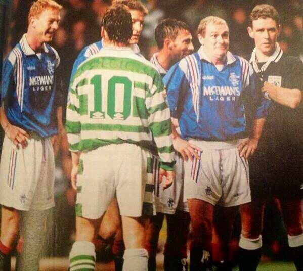 Gazza and the hammer laughing at the Celtic !!!!!