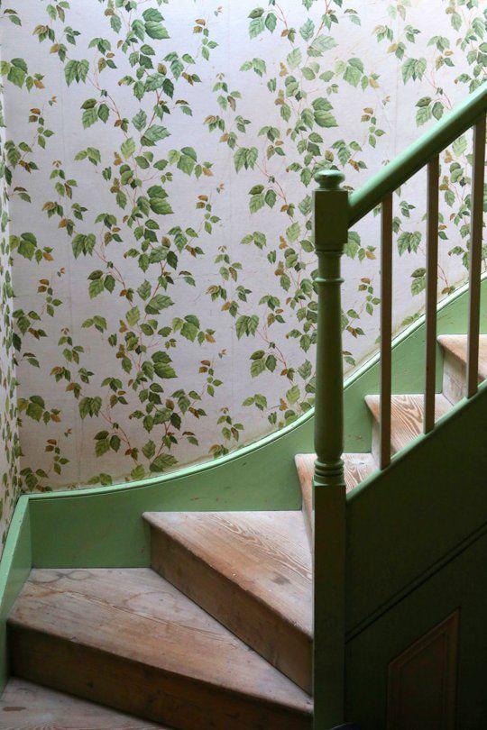 Shamrock Cottage: #Shamrock #Cottage ~ Stairs.