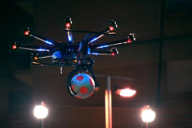 Εισαγωγή της τεχνολογίας Drones στα ποδοσφαιρικά γήπεδα