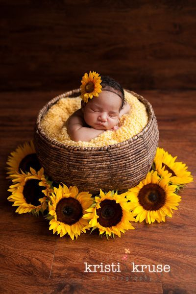 7 pictures to take of your baby this fall | #babycenterblog