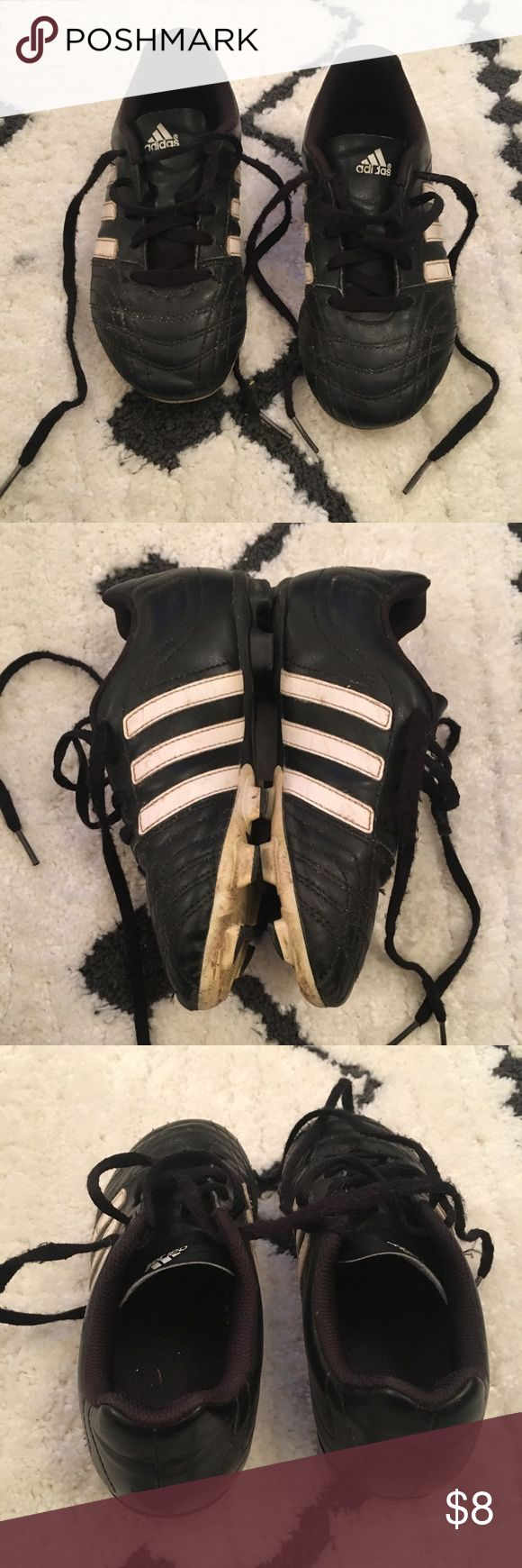 Boys Adidas Outdoor Soccer Shoes - Size 1 🥅 Boys Adidas Outdoor Soccer Shoes - Size 1 🥅   Good used condition.  Well broken in.  ⚽️ adidas Shoes Sneakers