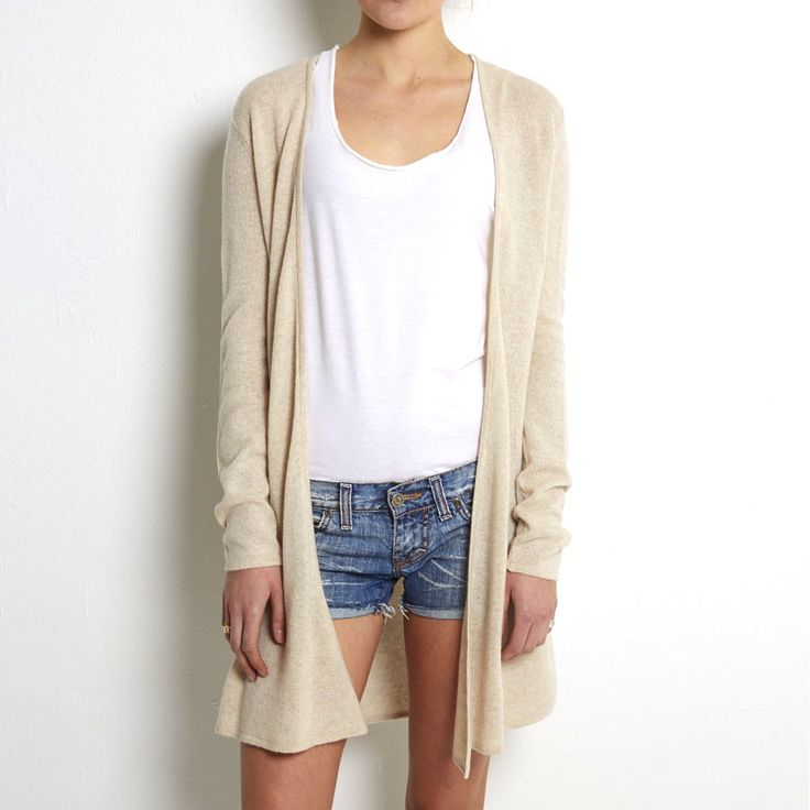 Loose knit cardigan light beige cashmere www.wildwool.no