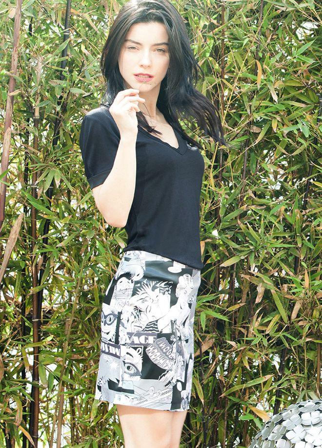 codentry & Merve BOLUĞUR Etek Markafoni'de 59,90 TL yerine 29,99 TL! Satın almak için: http://www.markafoni.com/product/5073910/ #moda #mervebolugur #gothic #stil #siyah #trend #look #markafoni #fashion #celebrity #stylish #style #photoshoot