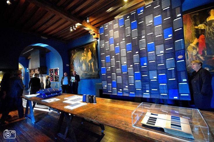 Nieuw Leids Laken in museum De Lakenhal in Leiden