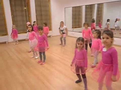 Kis Ildikó Gyermektánc iskolája 2011/2012-es tanév