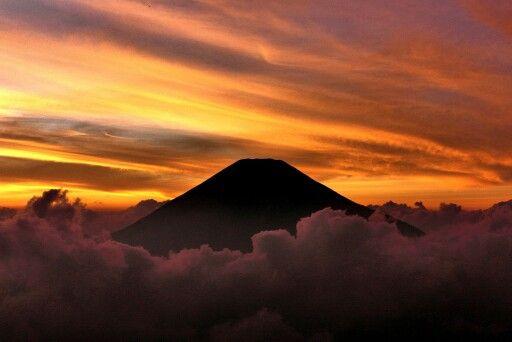 Sunset gunung Sumbing