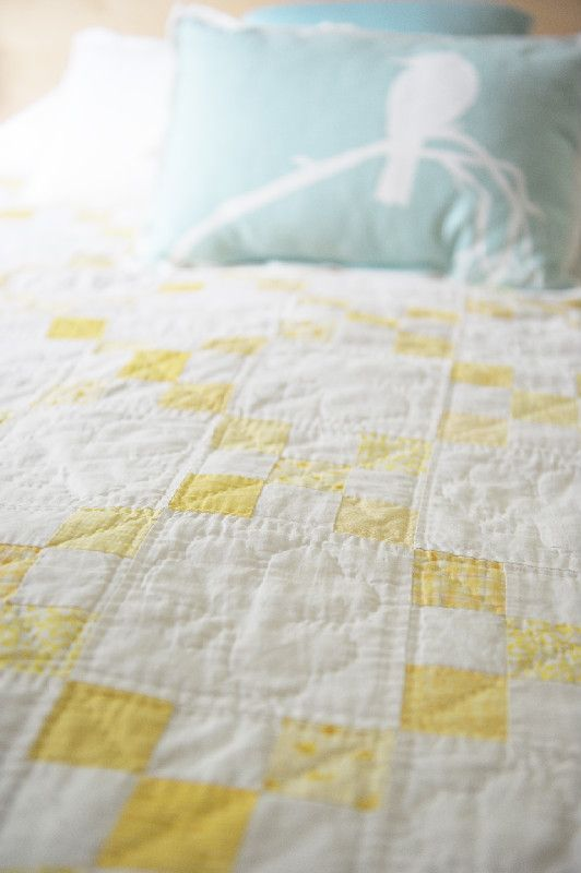 simple mini modern quilts | yellow and white | Sarah Gaudet Momsquilt