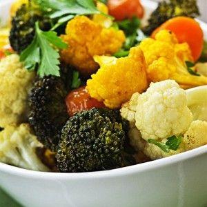 Цветная капуста и брокколи с чесноком, запеченные в духовке рецепт – вегетарианская еда: основные блюда. «Афиша-Еда»