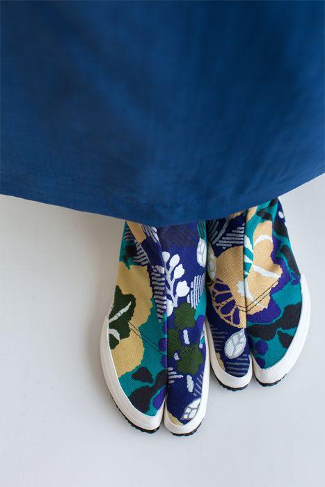 貼付地下足袋/風雅(ふうが) - SOU・SOU netshop (ソウソウ) - 『新しい日本文化の創造』をコンセプトにオリジナルテキスタイルを作成し、地下足袋やSOU・SOU流の和装、手ぬぐい・袋もの・家具等を製作、販売する京都のブランド、SOU・SOU(ソウ・ソウ)です。