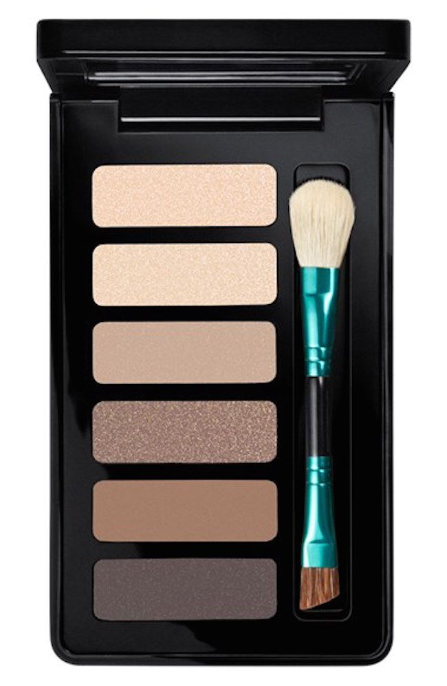 MAC Gift Sets - 'Enchanted Eve - Warm' Eyeshadow Palette. A makeup collection christmas gift idea that everybody LOVES!!!!