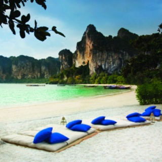 Railay Beach, Thailand - been here! Very beautiful and relaxing: Favorite Places, Dreams Vacations, Beaches Resorts, Railay Beaches, Tropical Beaches, Krabithailand, Rayavad Resorts, Vacations Travel, Krabi Thailand