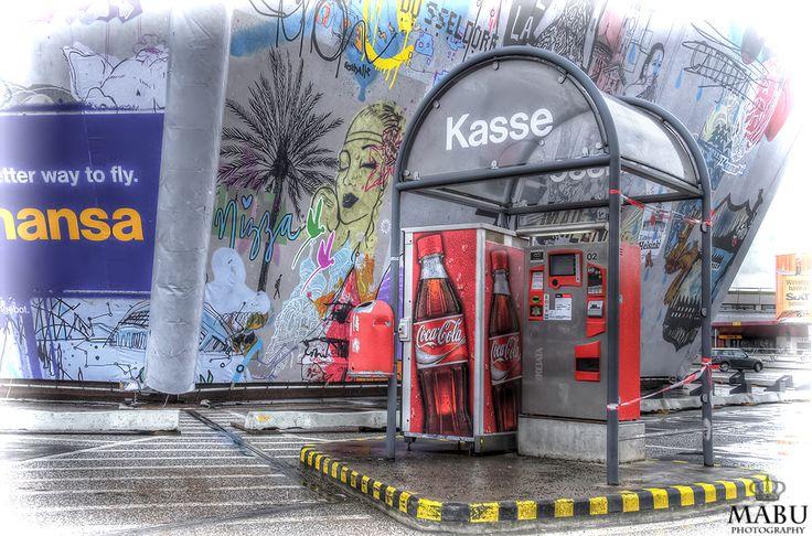 Parkplatz Plattform am Flughafen Berlin-Tegel in HDR. (Photo: Copyright @ MaBu Photography)