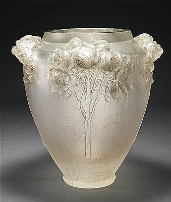 """Roses"" vase by René Lalique"