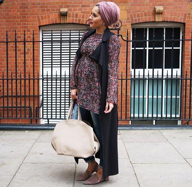 Dina Tokio | modest pregnant fashion