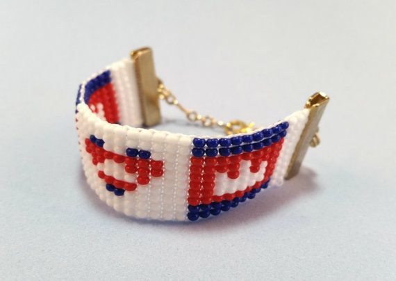 Beaded Cambodia Flag Bracelet Heart Bracelet by QueXopaPanama