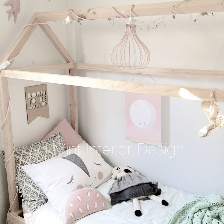 c36c2ab937cc6d5614a089b5967024b4.jpg (736×736)  Love this bed idea for Chlo