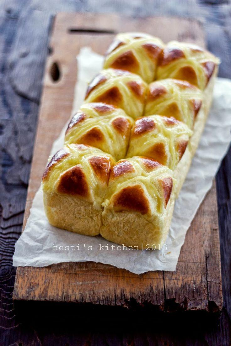 HESTI'S   KITCHEN : yummy for your tummy: Roti Kentang (Potato Buns)