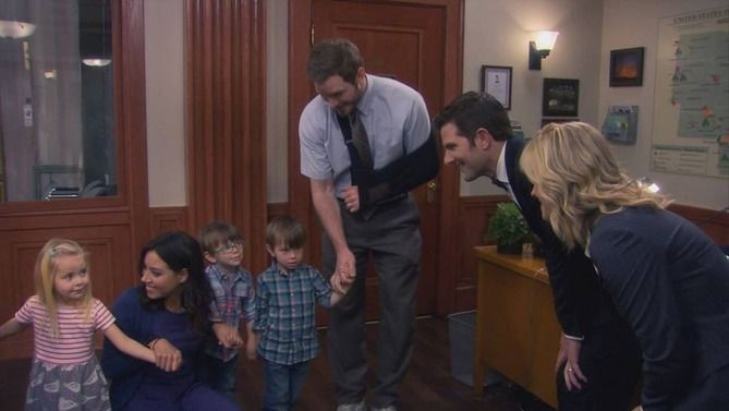 What Are Ben & Leslie's Triplets' Names on 'Parks and Recreation'? They Are the Next Generation of Pawnee Leaders | Bustle