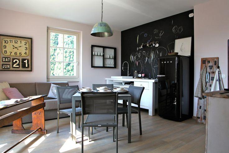 Gardasee mit Kindern - aber stilvoll? Klar geht das! Mode-Expertin Francesca hat in ihren Apartments ihren genialen Geschmack ausgelebt. Ein Geheimtipp!