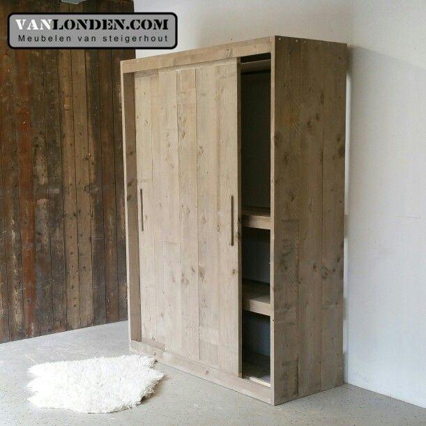 25 beste idee n over doe het zelf grote kledingkast op pinterest interieur staldeuren en kast for Maak een kledingkast