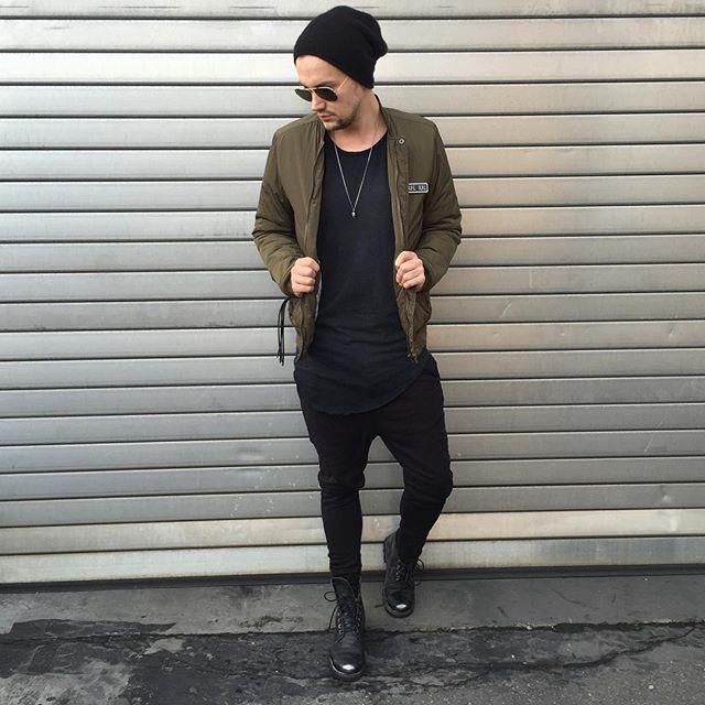 Casual Sunday  ________________________________ Jacket : @colourfulrebel  Beanie : @cosstores  Shades : @rayban  Shirt : @hm Boots : @diesel  Pants : Thom Krom _______________________________ #outfitoftheday#ootd#style#balmain#lookbook#lookoftheday#streetstyle#streetfashion#stylish#stylist#fashionable#fashionblogger#fashiondiaries#sneakerhead#pov#düsseldorf#reutlingen#tübingen#stuttgart#münchen#köln#berlin#menwithstreetstyle#styleiswhat