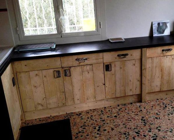 25 best ideas about pallet kitchen cabinets on pinterest for Making cabinets out of pallets