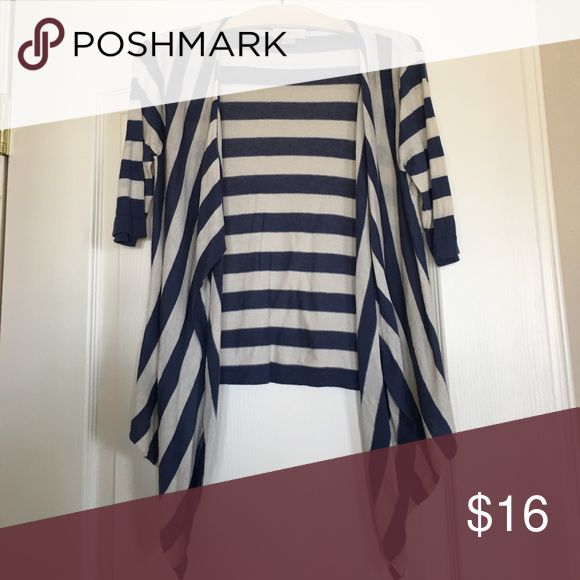 Short sleeved knit topper Lightweight striped sweater topper, great for throwing in your purse in case you get cold at the movies or restaurant! Cute and sporty LOFT Sweaters Shrugs & Ponchos