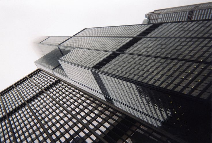 https://flic.kr/p/bNmUTi | The Sears Tower | This is the Sears Tower, located in Chicago, Illinois, seemingly vanishing into the clouds due to it's lofty height, photographed on October 14th, 2003.