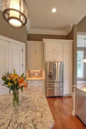 This Is A Fabulous Kitchen With Painted Showplace Cabinets! For More Photos  And Details!