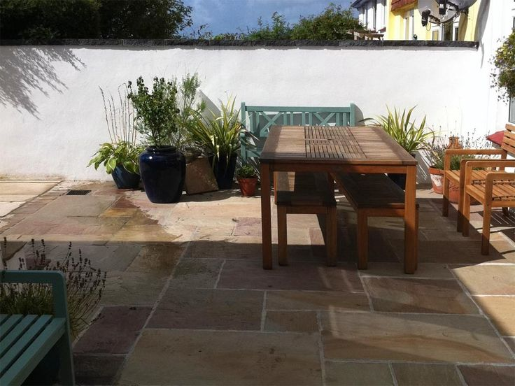 Indian Stone Paving Slabs, Rippon Buff Paving Slabs Patio Pack. LSD.co.
