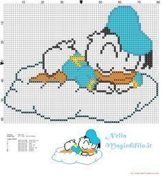 Baby Paperino che dorme sulla nuvola - schemi punto croce gratis