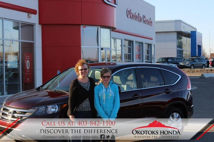 The McDonald Family and their Honda CRV - thanks to Harry Loewen. Welcome to the OH Family! Call Okotoks Honda at 403.842.1100 for your next Honda or for your CRV maintenance needs!