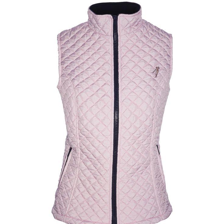 Chaleco golf acolchado rombos rosa Fabricado en tejido de nylon acolchado rombos en la parte delantera de bloqueo total al viento. Tejido térmico cold swing en parte trasera de gran elasticidad para una total libertad de movimientos. Prenda de estilo moderno entallada en la cintura.