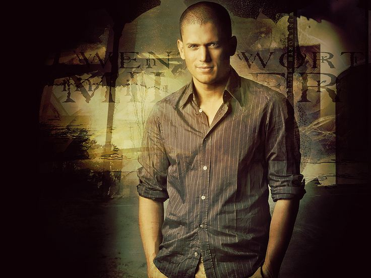 my oh my...he is just too sexy for his own good!!! <3 LOVE me some Wentworth Miller!! <3