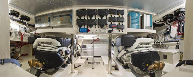 Riviera 515 SUV - Engine Room