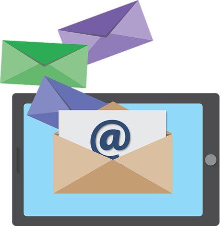 Ako efektívne zbierať e-maily na webe a neprovokovať Google?