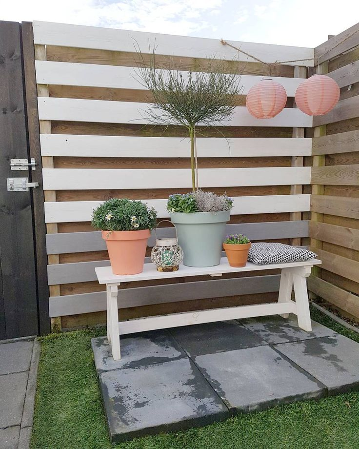 17 beste tuin idee n op pinterest achtertuinidee n achtertuinlandschappen en graven - Hoekbank hok ...