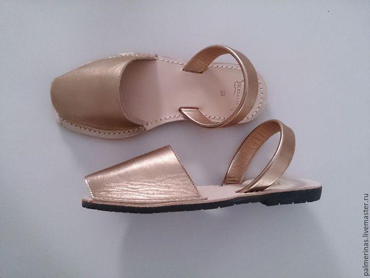 Купить Золотого цвета сандалии 41,42,43 - золотой, золотистый, золотой цвет