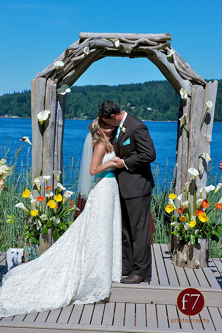17 best images about ideas 4 your wedding the edgewater for The edgewater house
