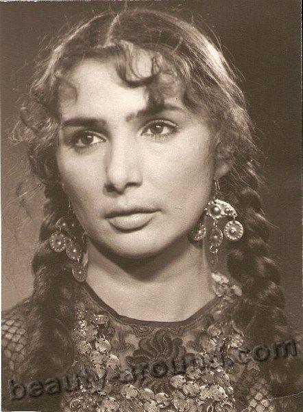 Raya Udovikova gypsy actress, singer photo