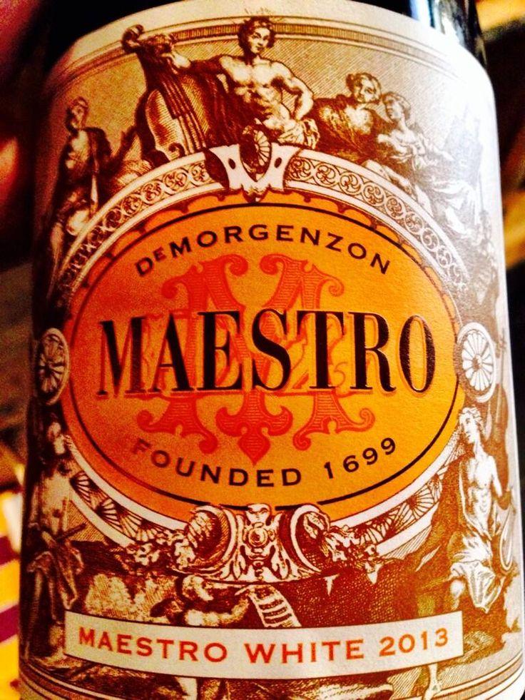 12 flesjes kunnen bemachtigen van deze knaller #Maestro @DMZwine 37%chenin 24%rousanne 24%chardonnay 15%viognier Wow! pic.twitter.com/XK9Zwng8Rj