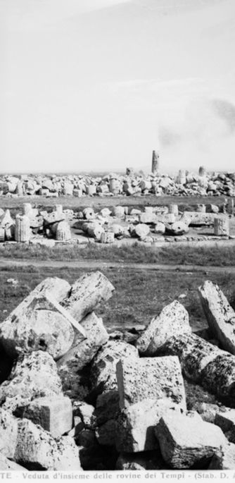 Art Platonotypes Selinunte. Overview of the ruins of the Temples. Anderson Archives 1929  Alinari Archive, Florence